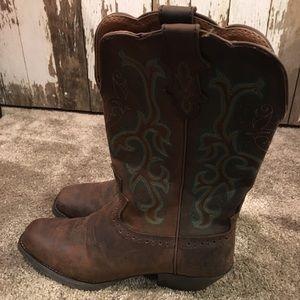 Justin cowboy boots - women's